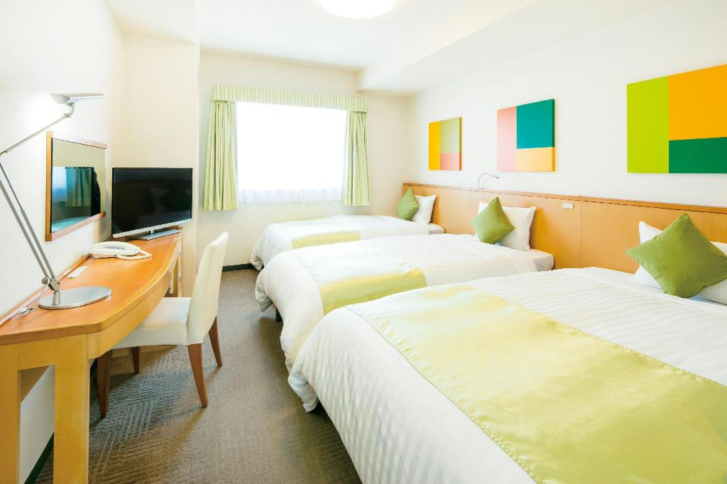 Triple With Breakfast - Bed Hotel Lumiere Nishikasai