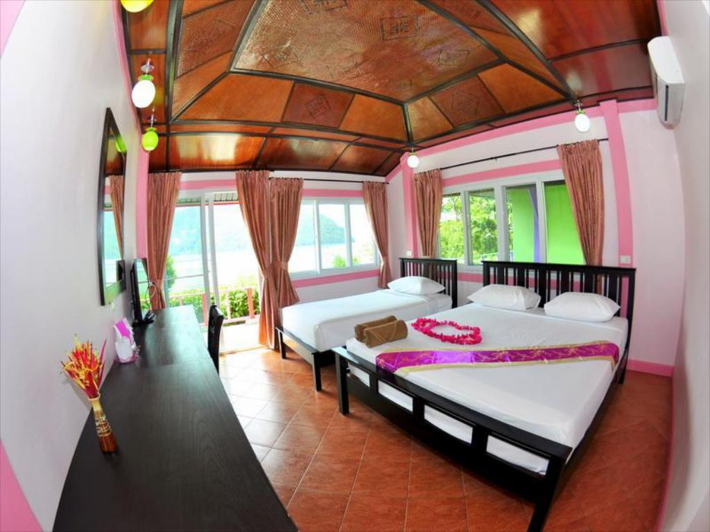 Bungalow Deluxe Phi Phi View Point Resort