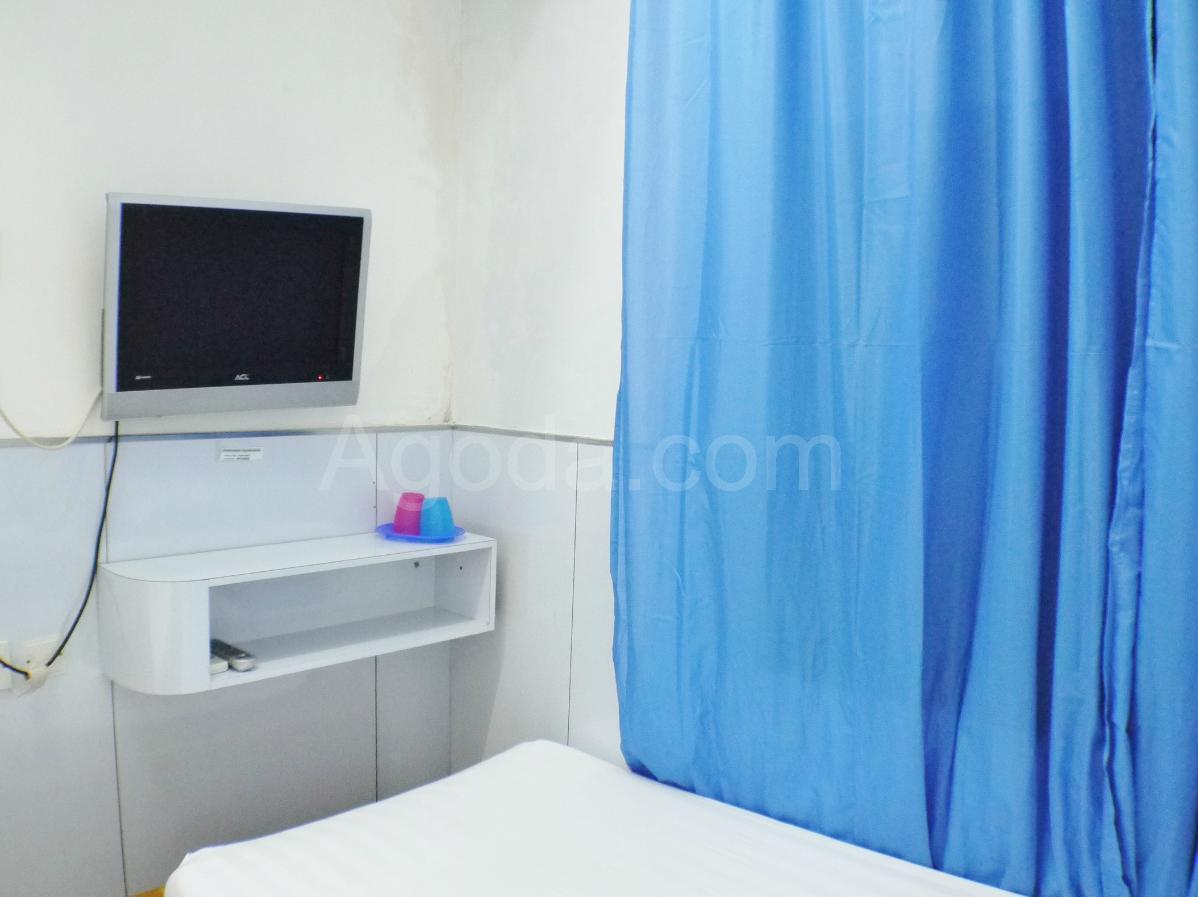 Best Price on Ah Shan Hostel in Hong Kong + Reviews!