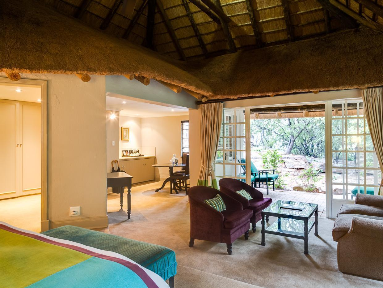 Luxury, Guest room, 1 King, thatched roofing, Plunge pool