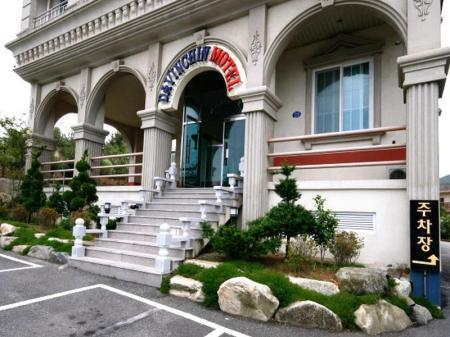 Exterior view Goodstay Davinci Hotel