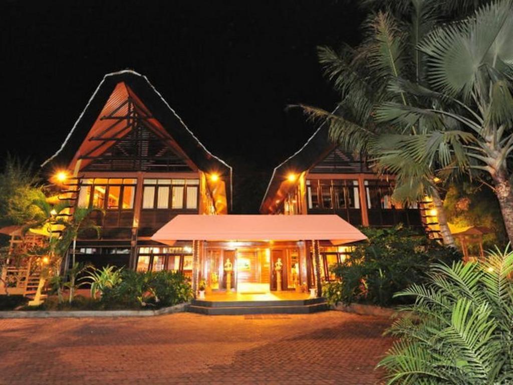 Pondok Alamanda Hotel In Malang Room Deals Photos Reviews