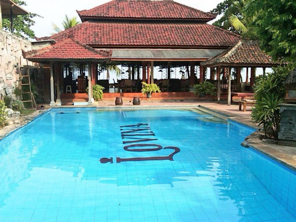 lovina beach hotel in bali
