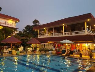 Parapat View Hotel