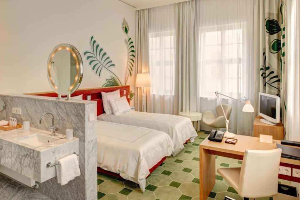Das Hyperion Hotel Dresden Am Schloss In Dresden Buchen