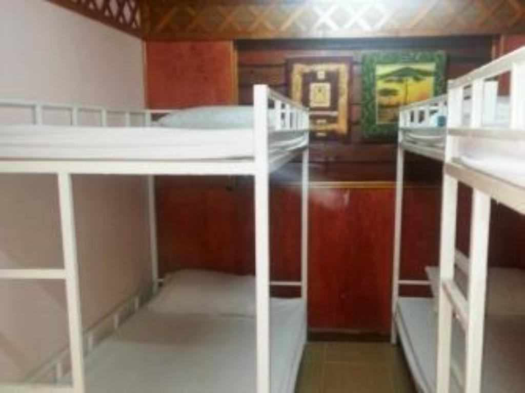 6 Bed Mixed Dormitory