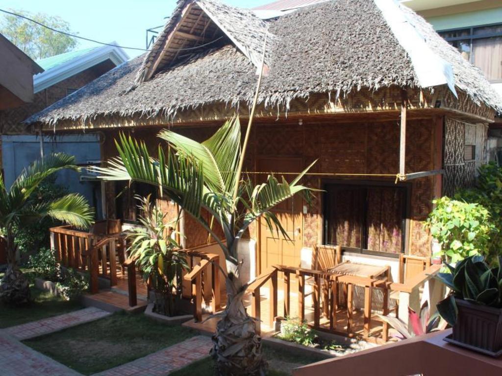 Alona Grove Tourist Inn in Bohol - Room Deals, Photos & Reviews