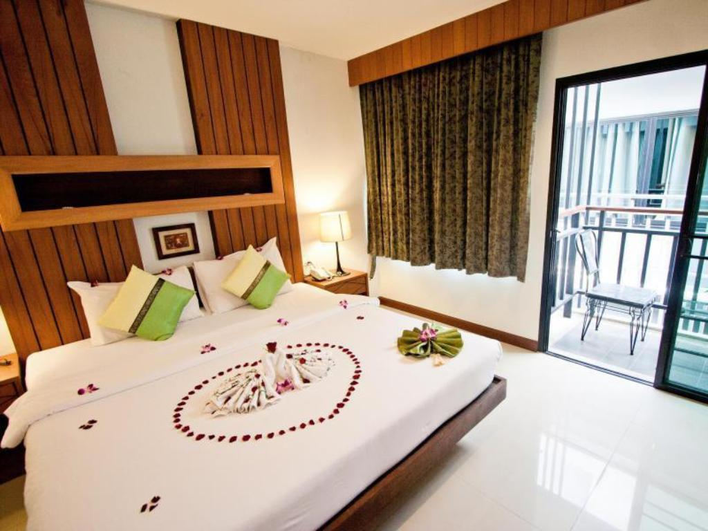 Superior Double - Bed The Chambre Patong