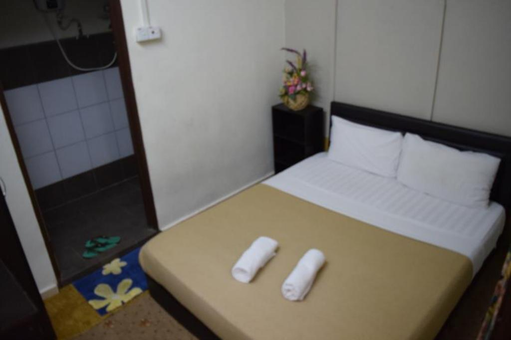 Double Room Ensuite - Bed Casa Blanca Guest House