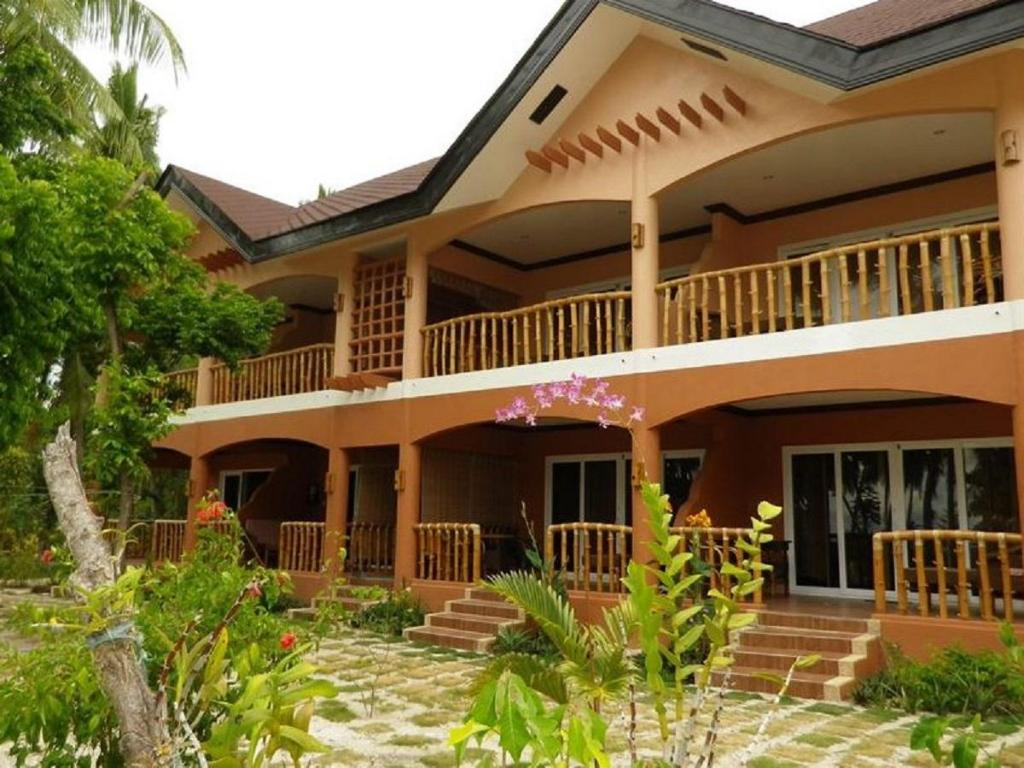 More about Cocobana Beach Resort