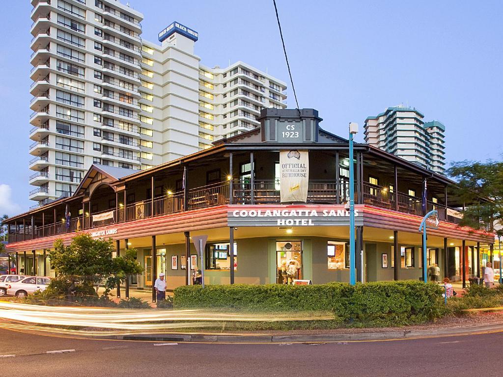 best price on coolangatta sands hostel in gold coast. Black Bedroom Furniture Sets. Home Design Ideas