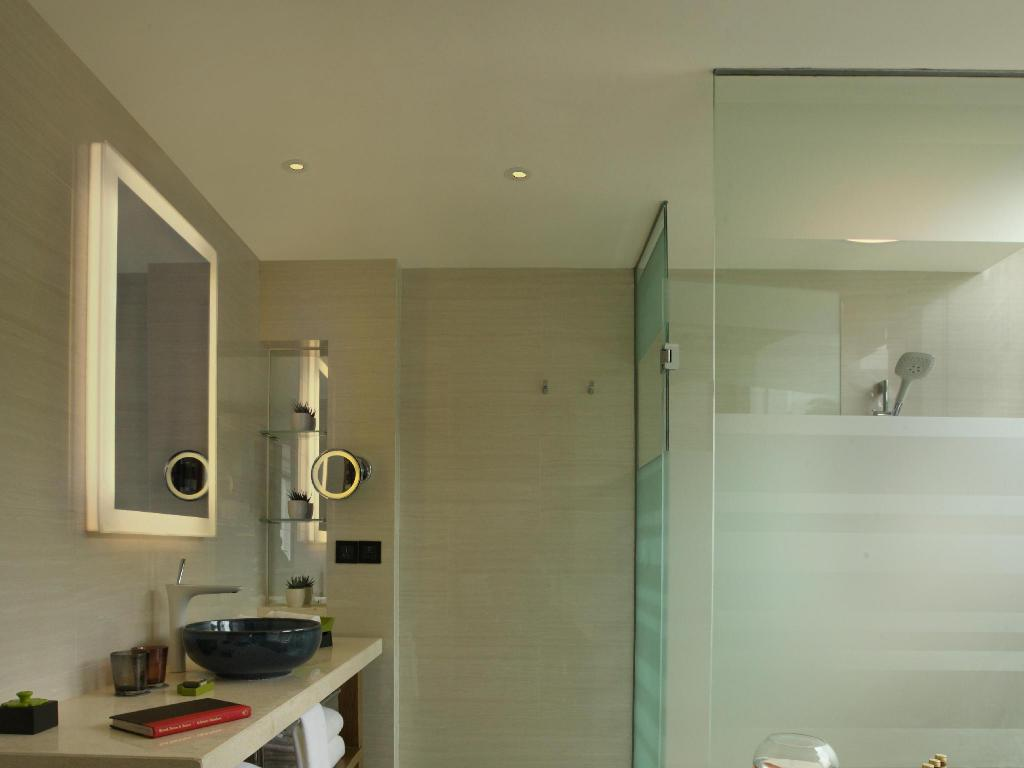 Bathroom Hotel Indigo Xiamen Harbour