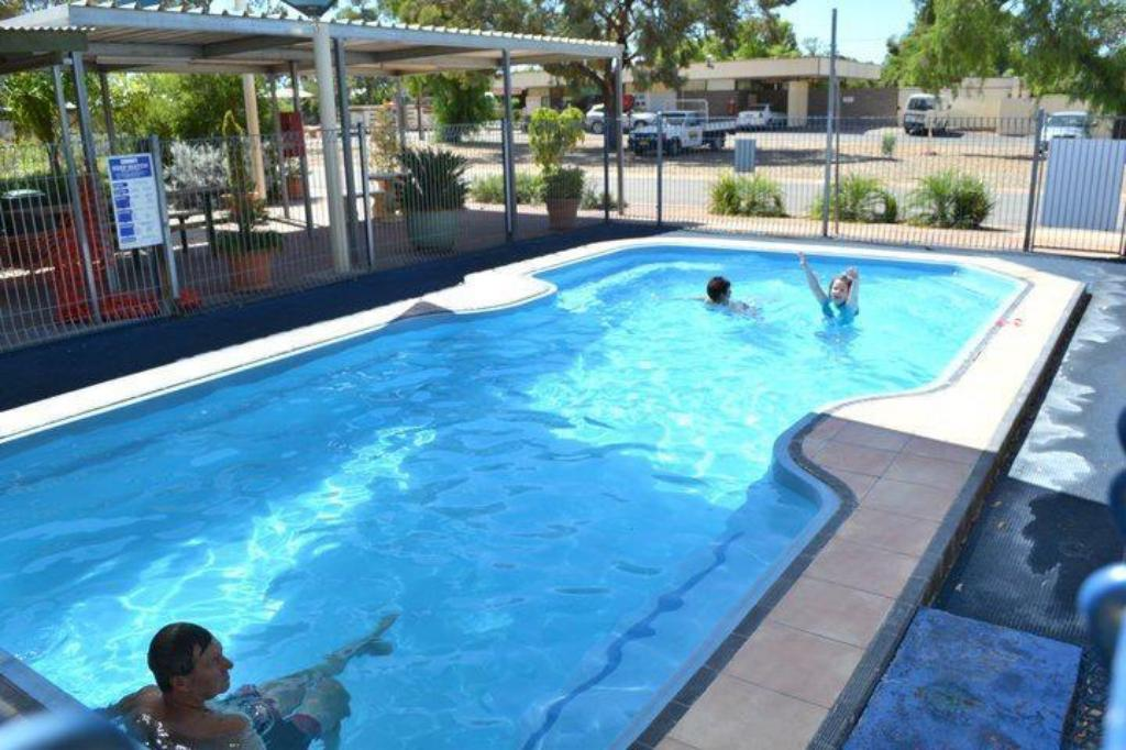 Swimming pool [outdoor] Broken Hill Tourist Park