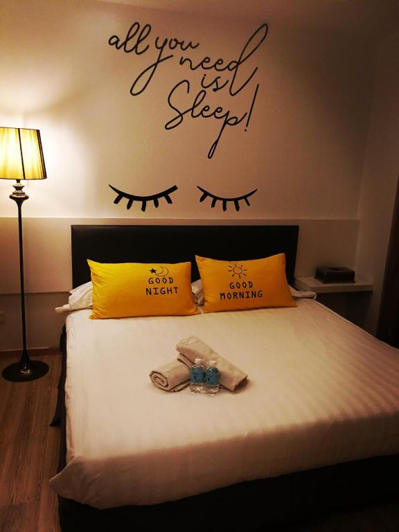 Standard Double Room - Bed Dreamz Hotel