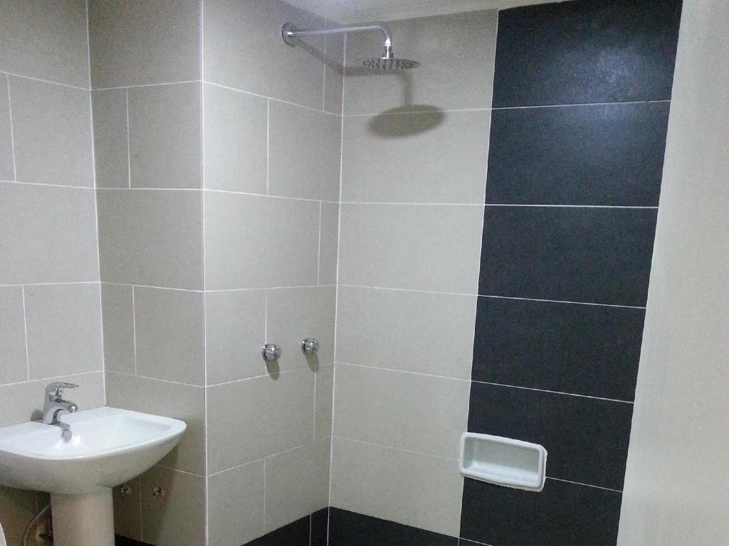 Bathroom Park Hotel Miri