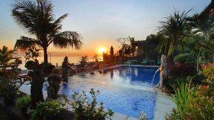 Amed Beach Resort