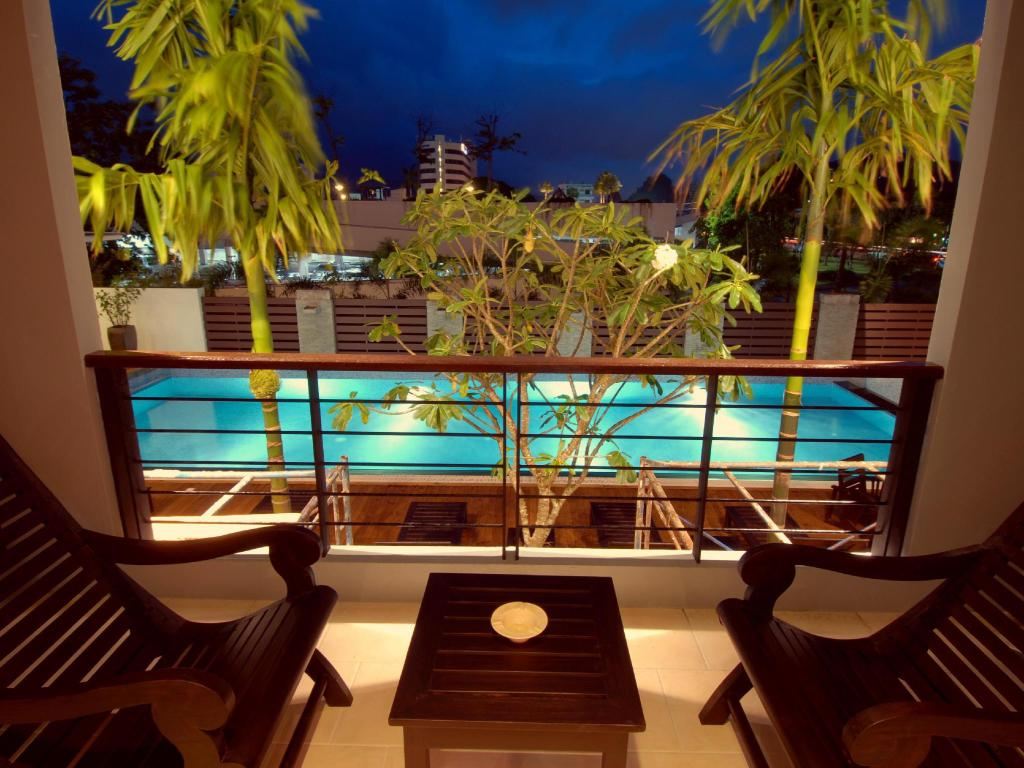 Studio with Terrace - Balcony Baan Suwantawe Phuket