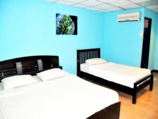 Flashpackers Hotel