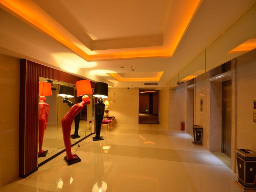 Best Price on Hainan Huangma Holiday Hotel in Haikou ...