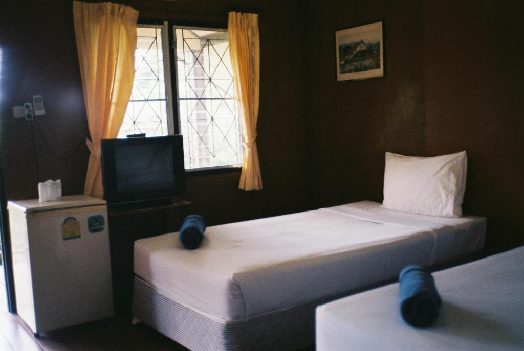 Bungalow with Air Conditioning - Guestroom Silver Beach Resort