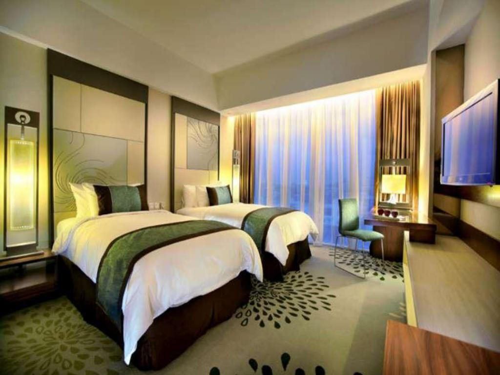 Superior Double or Twin Room - Bed GRAND ASTON Hotel and Convention Center Yogyakarta