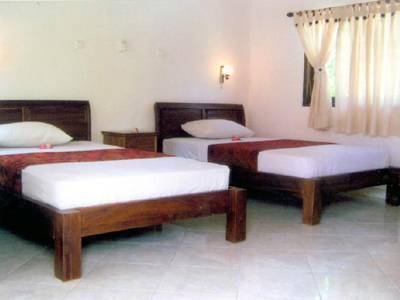 Kamar Standard Twin dengan AC (Standard Air Conditioning Twin)
