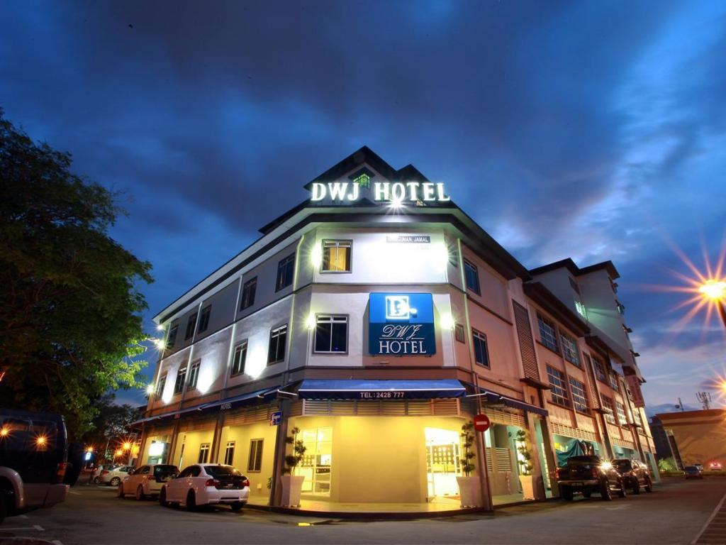 More About DWJ Hotel
