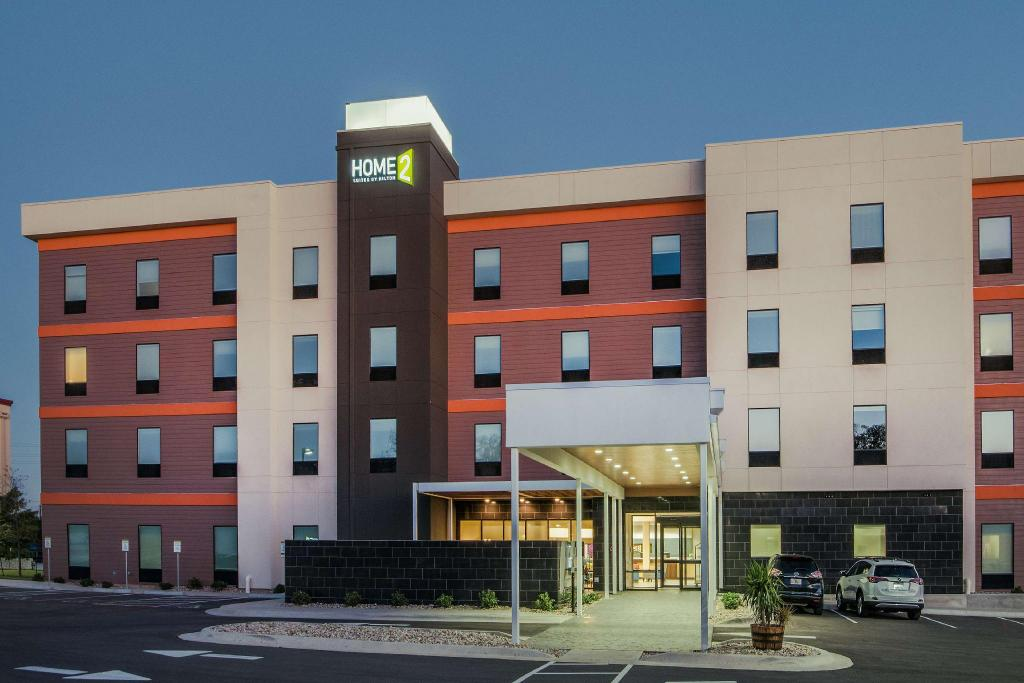 Esterno Home2 Suites by Hilton Austin Airport