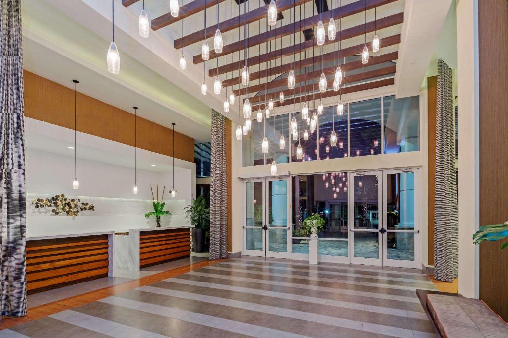 Lobby Wyndham Orlando Resort International Drive