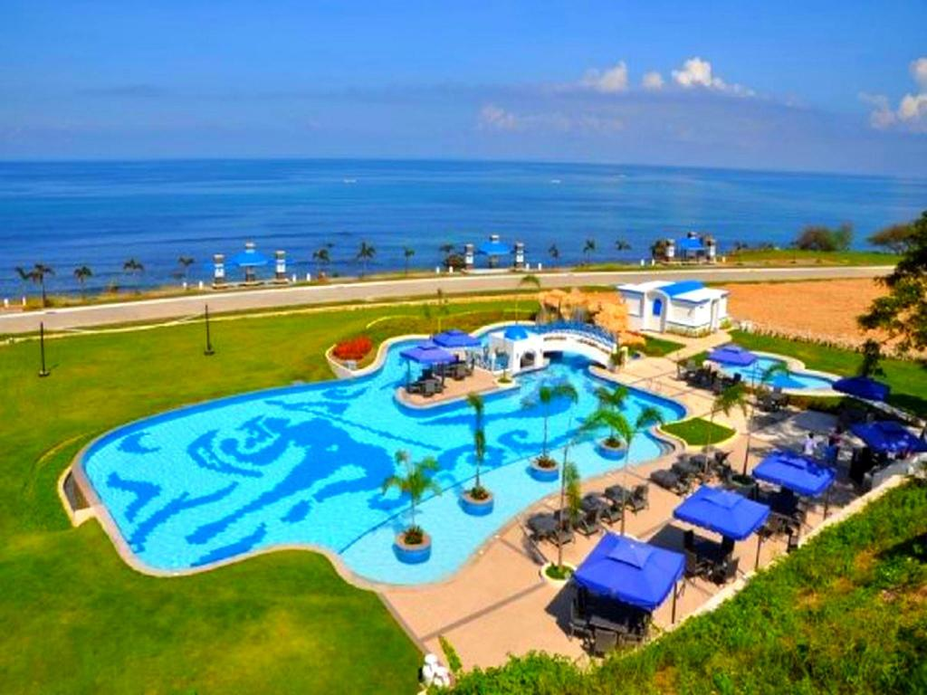 More About Thunderbird Resorts Poro Point