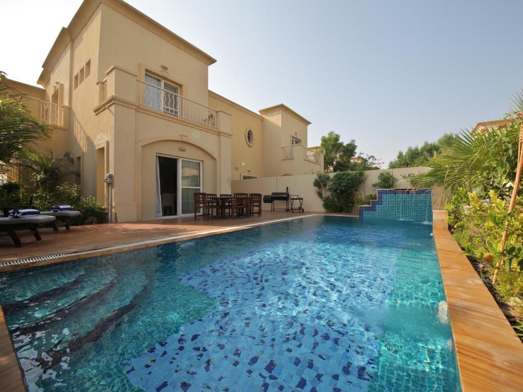 Medlock villas for Villas 2018