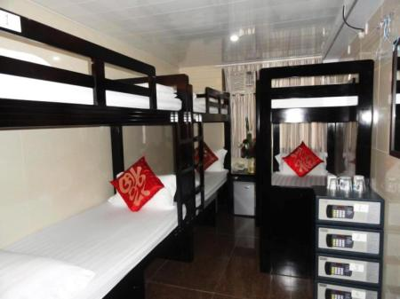 6-Bed Dormitory -- Mixed Germany Hostel