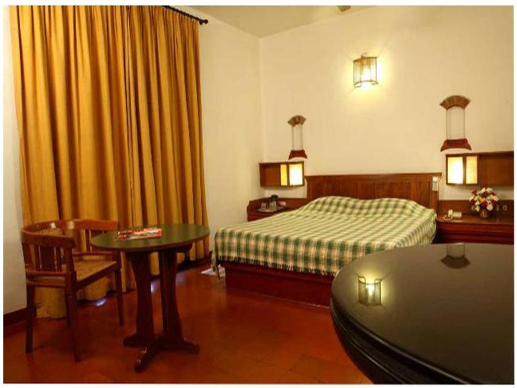 Hotel BTH Sarovaram in Kochi - Room Deals, Photos & Reviews