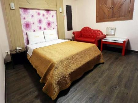 Kamar Standard Double Goodstay New Rivera Motel