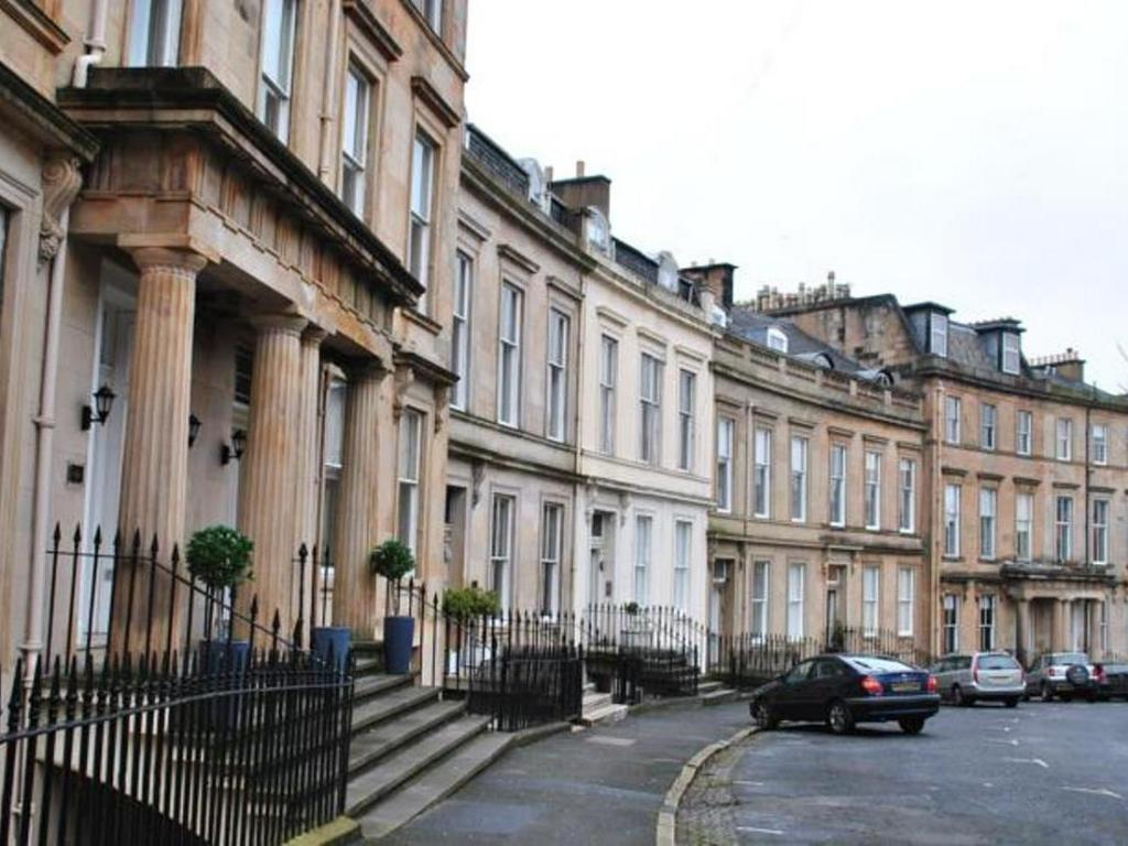 Best Price On Dreamhouse Apartments Glasgow West End In Glasgow