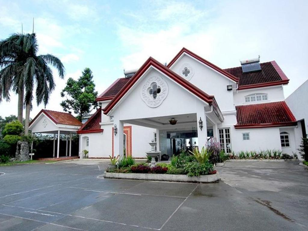 More about Villa Ibarra Tagaytay