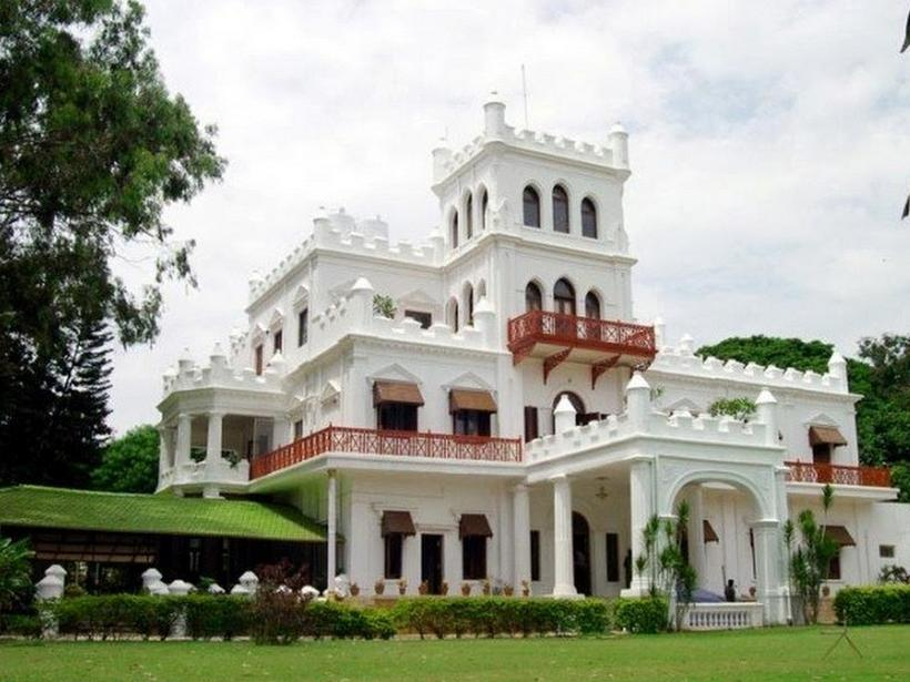 Jayamahal extension in bangalore dating