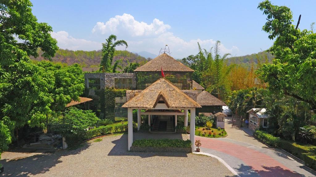 Wood Castle Spa & Resort, Corbett, India - Photos, Room Rates & Promotions