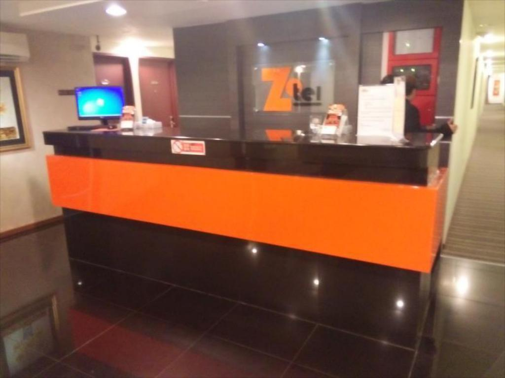 Lobby Zotel Business & Leisure Hotel