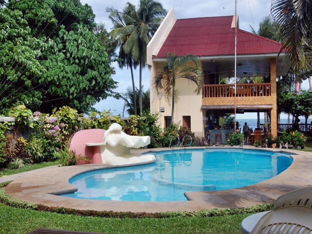 Wellbeach dive resort in dumaguete room deals photos - Hotels in dumaguete with swimming pool ...