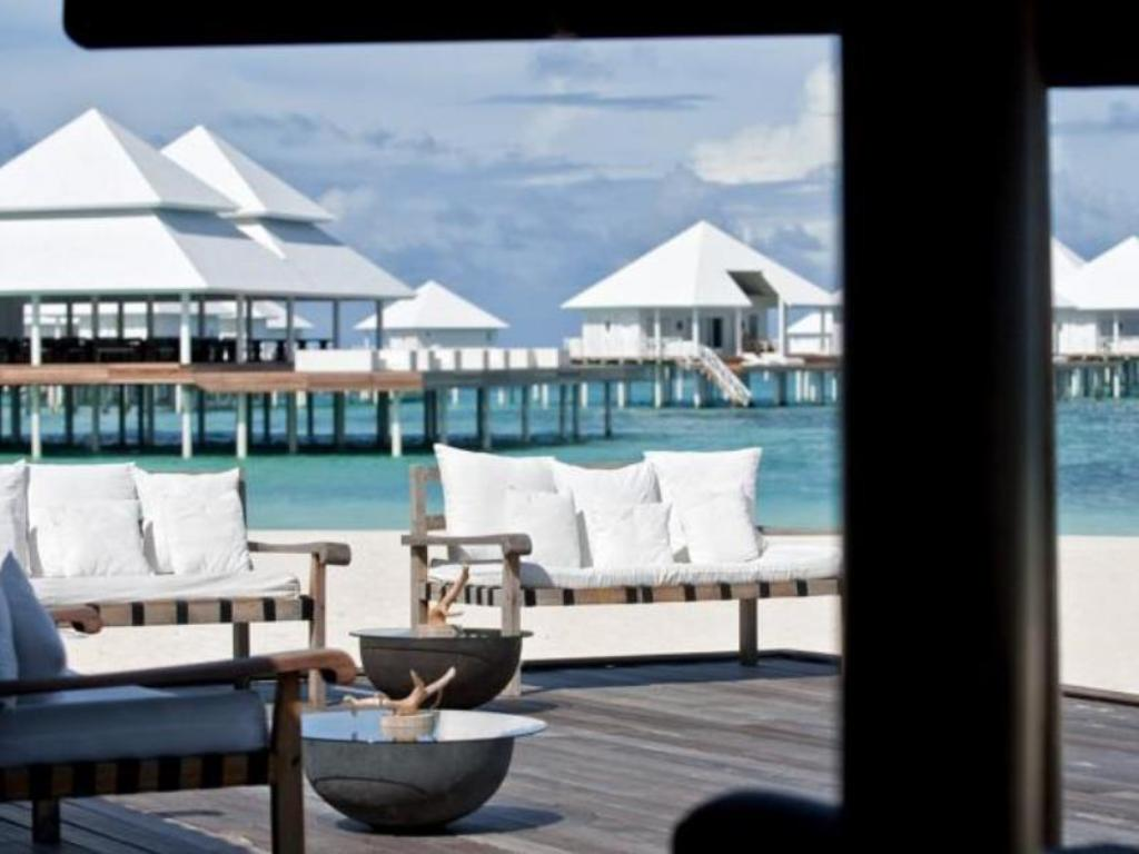 Interior view Diamonds Thudufushi Beach & Water Villas - All Inclusive