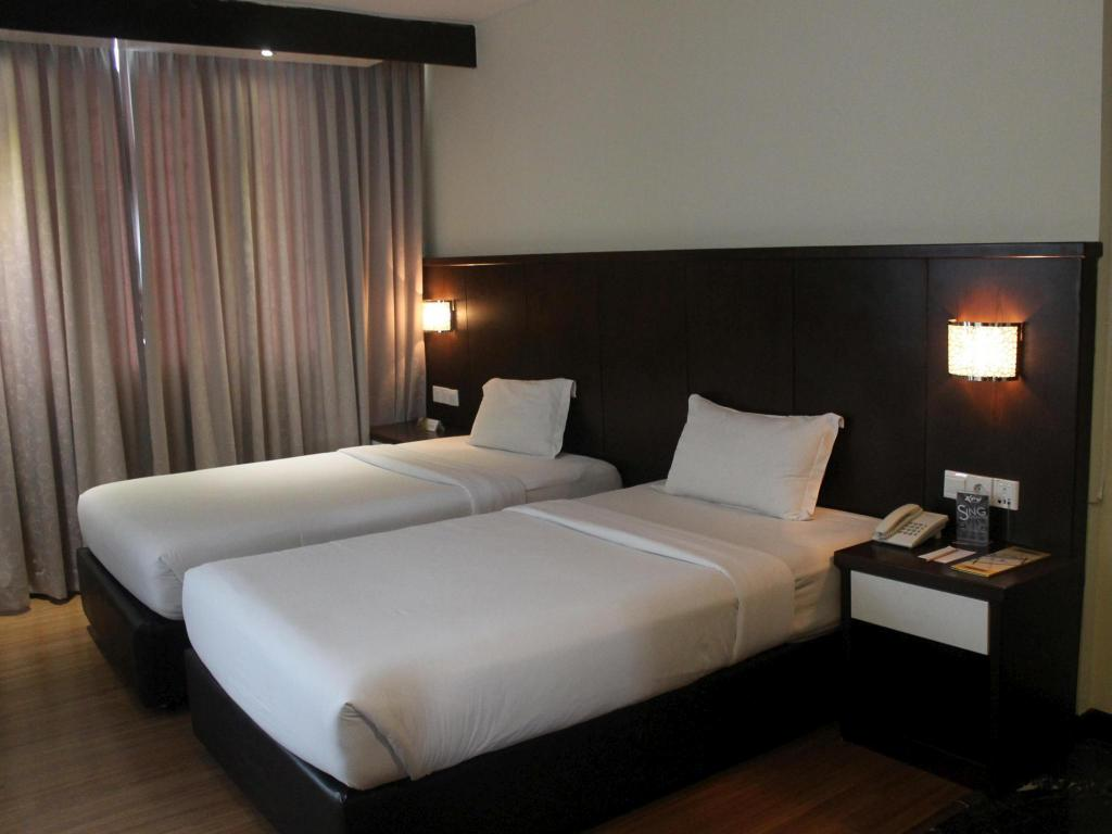 Kamar Twin Deluxe The BCC Hotel & Residence