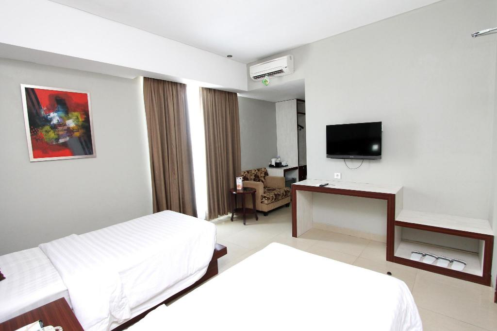 Grand Superior Twin Room - Bed Grand Hatika Hotel