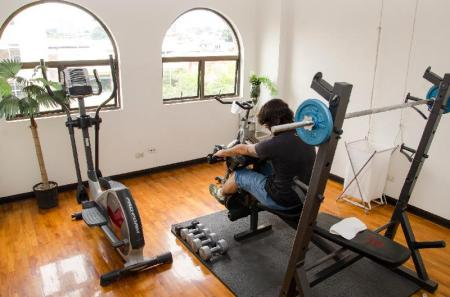 Fitness center Hotel Plaza Real Apartments & Suites