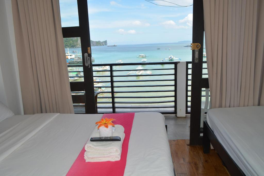 Family Sea View Room - View