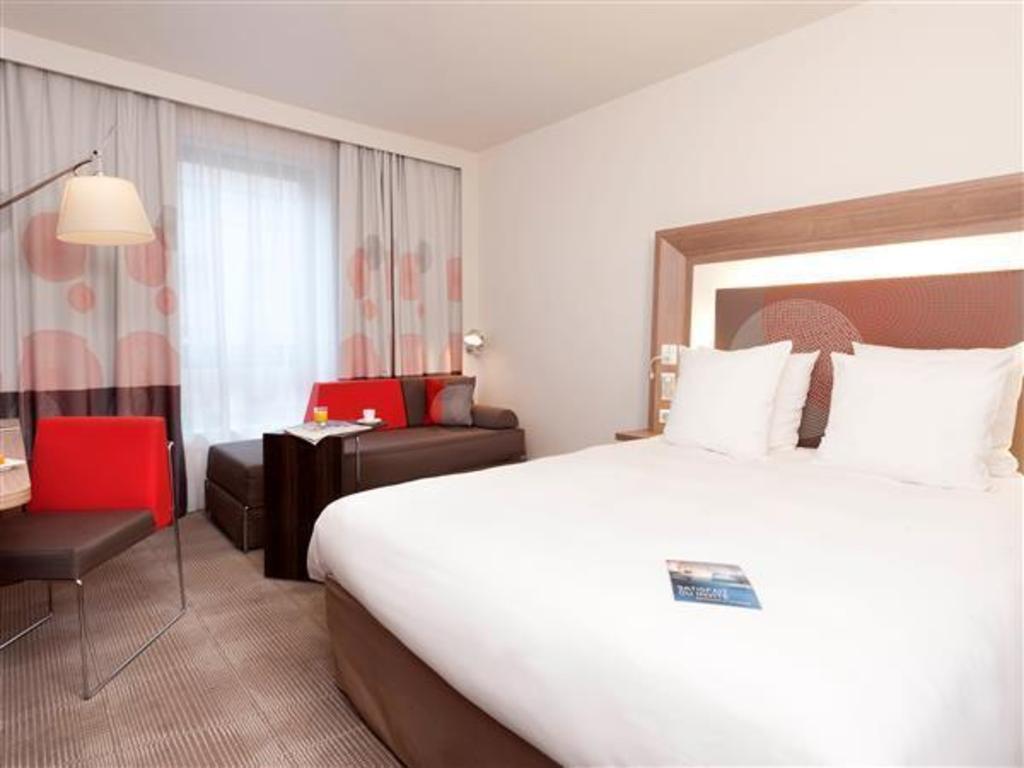 Prime Novotel Lyon Confluence Hotel In France Room Deals Photos Pabps2019 Chair Design Images Pabps2019Com
