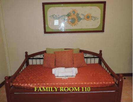 Family Room (5 Adults) - Guestroom Dao Diamond Hotel and Restaurant