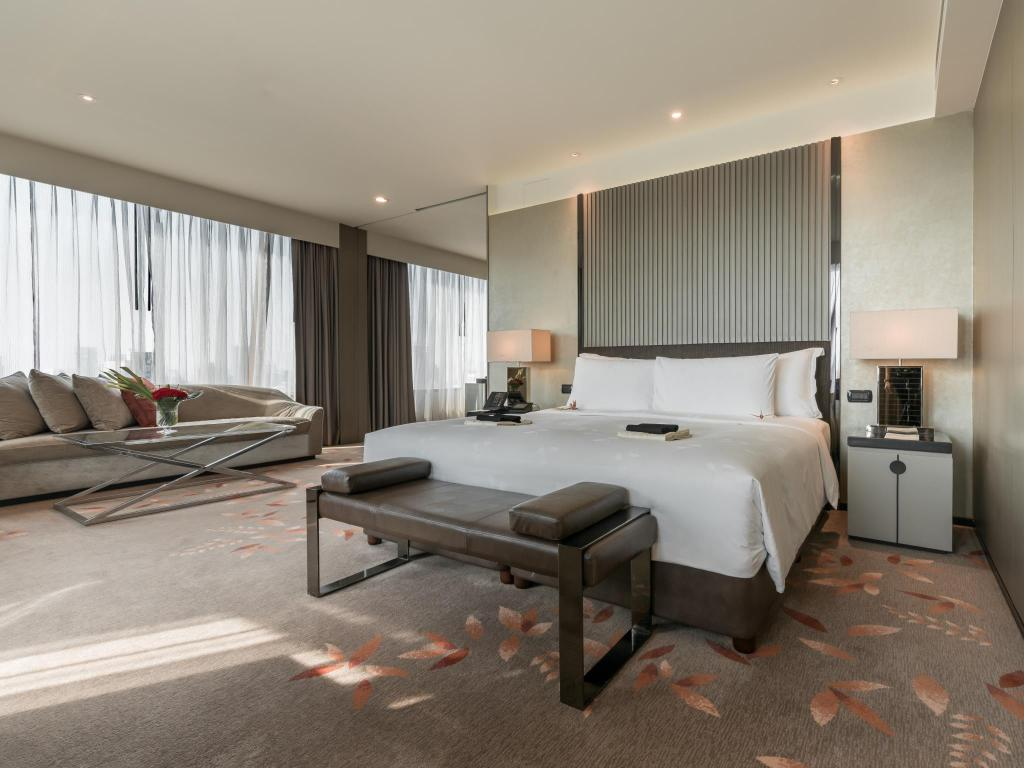 Prestige Suite - Bedroom