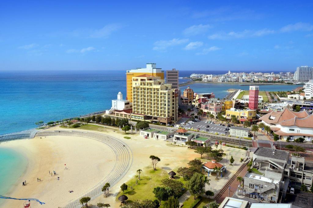 Vessel Hotel Campana Okinawa Resort