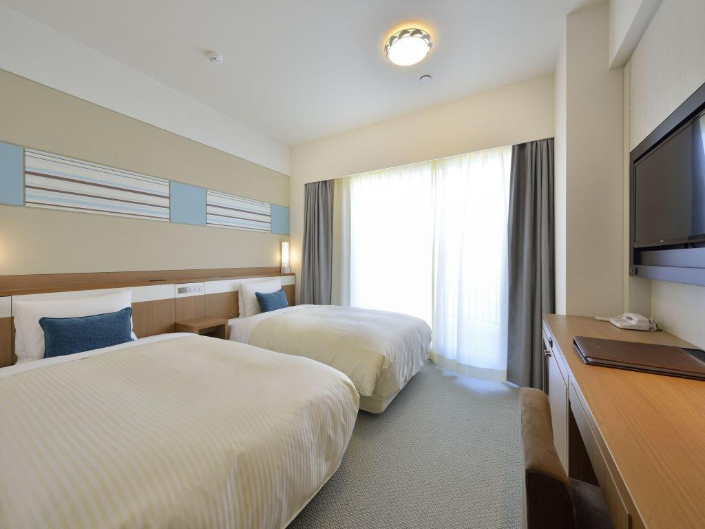 Compact Annex Building Room with Twin Bed Vessel Hotel Campana Okinawa